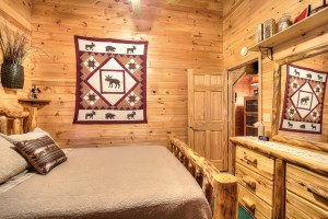 simply-serene-cabin-bedroom1-002