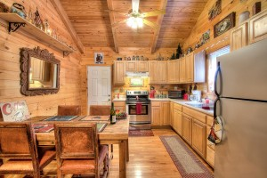 simply-serene-cabin-kitchen-002