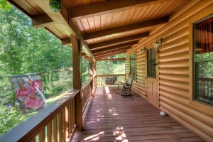 simply-serene-cabin-porch-004